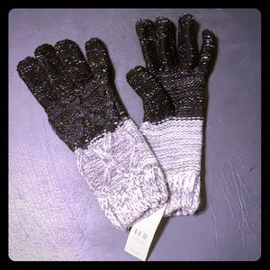 🔥20% off 2+ items NY & C Silver lined gloves